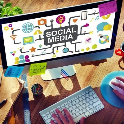 400_Square_Social-Media-Series-_-Fotolia_77425400_S